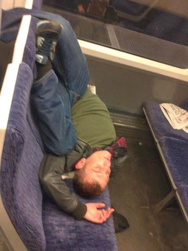 Dormir dans le métro 1