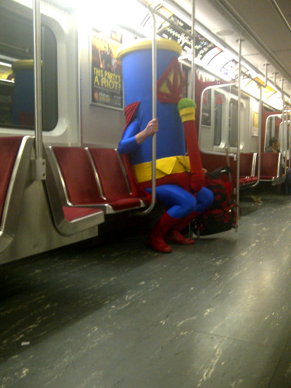 le metro et les gens chelous 2