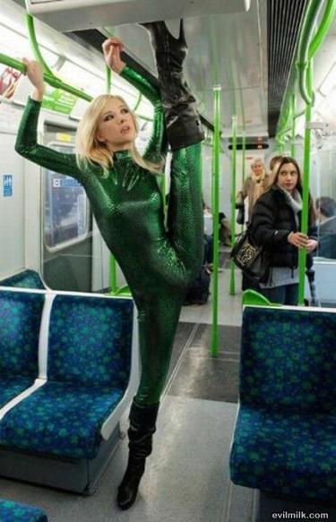 le metro et les gens chelous 5