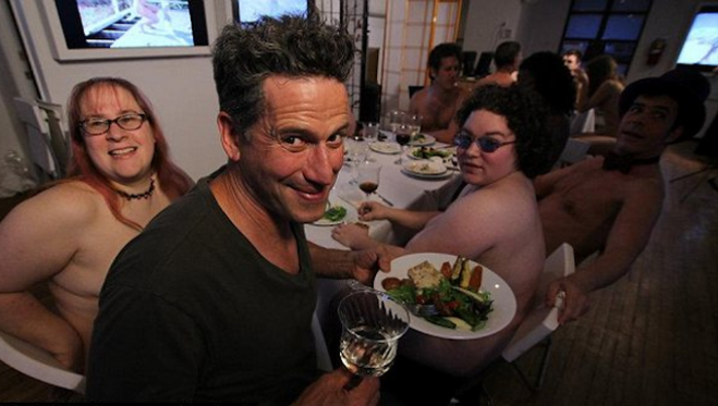 clothing-optional-dinners