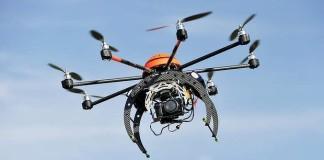 Récupérer un drone de justesse au-dessus d'un lac