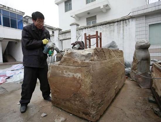 Une tombe de 700 ans