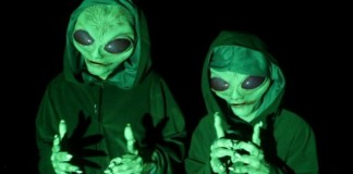 Alien Invasion Prank