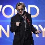 Johnny Depp ivre