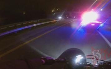 course-poursuite-moto-voitures-police