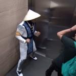 mortal-kombat-ascenseur-prank-2