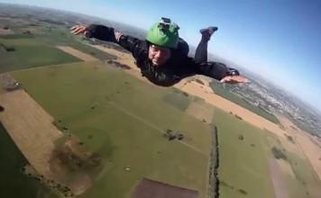parachutistes sauvés