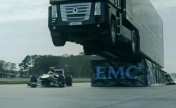 saut-camion-formule-1-team-lotus