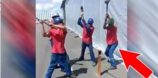 Travail d'équipe pour enfoncer un pieu