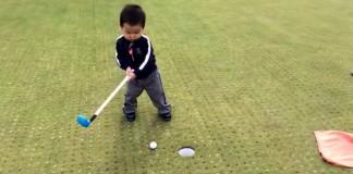 enfant-colerique-putt-golf