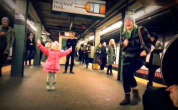fillette-danse-metro