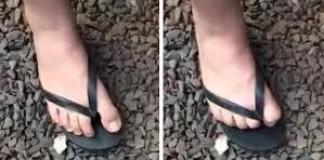 Doigt d'honneur avec le pied