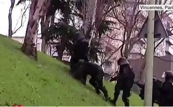 Police vs Pente glissante à Vincennes