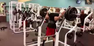 Thug Life à la salle de musculation