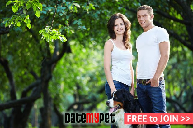 dmp-couple-dog-woods-L