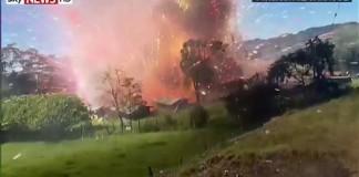 reporter-explosion-usine-feu-artifice