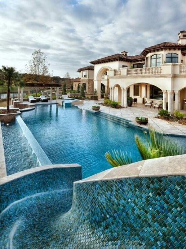 top 15 des plus belles piscines du monde - breakforbuzz