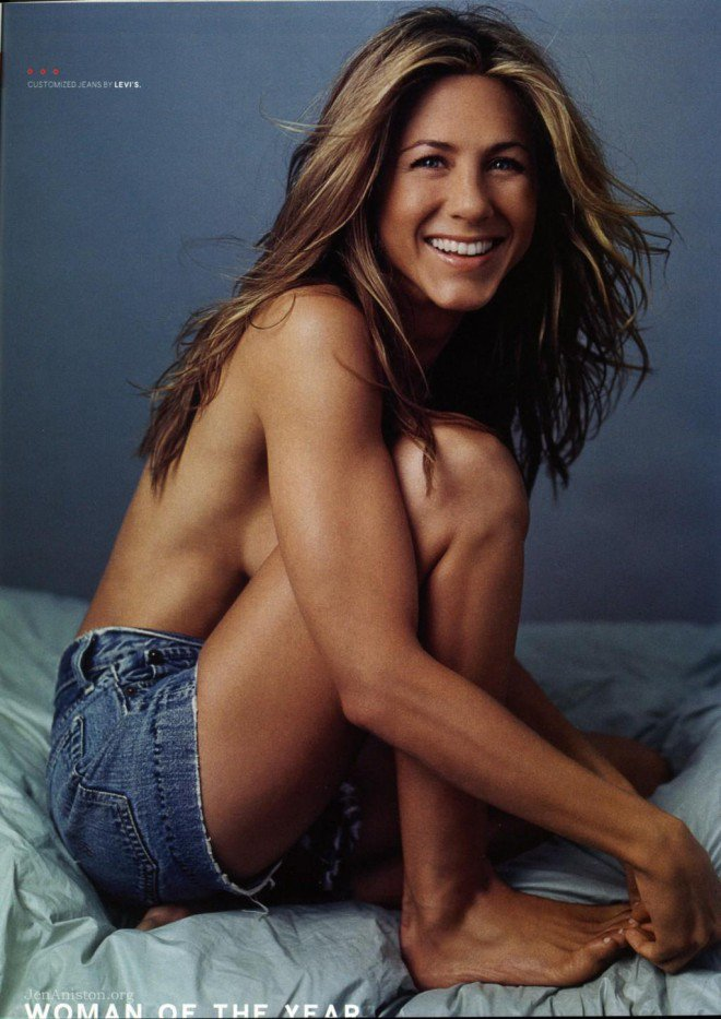934_jennifer-aniston-gq-dec-gq-448155195-L
