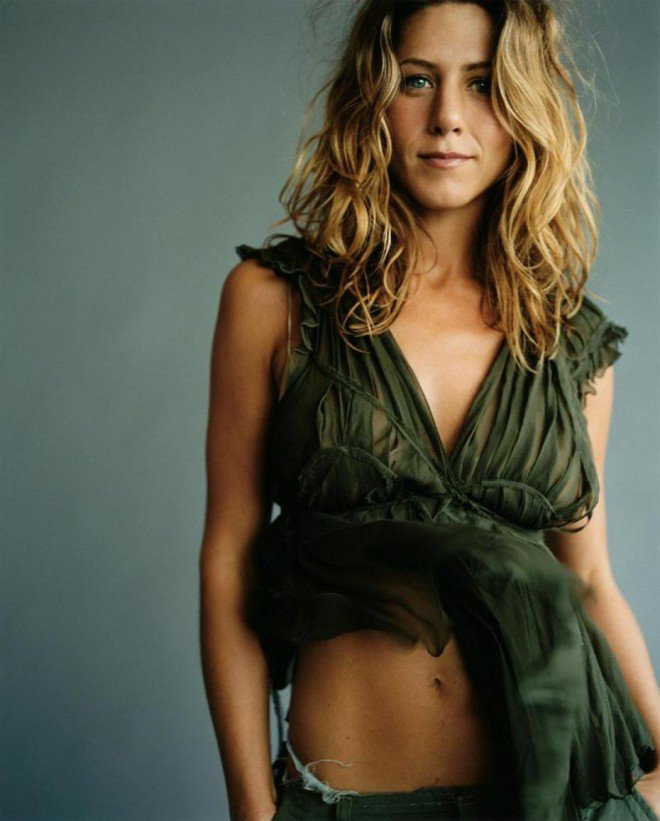 Hot-Jennifer-Aniston-Young-Photos-L
