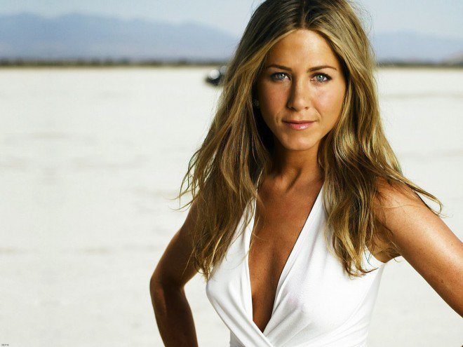 Jennifer-Aniston-hot-wallpaper-L