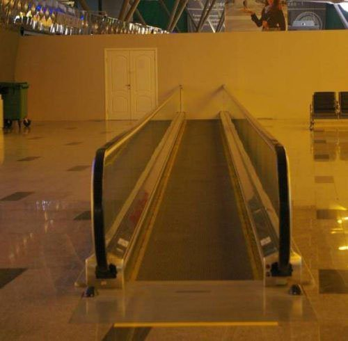 escalator-fail-L