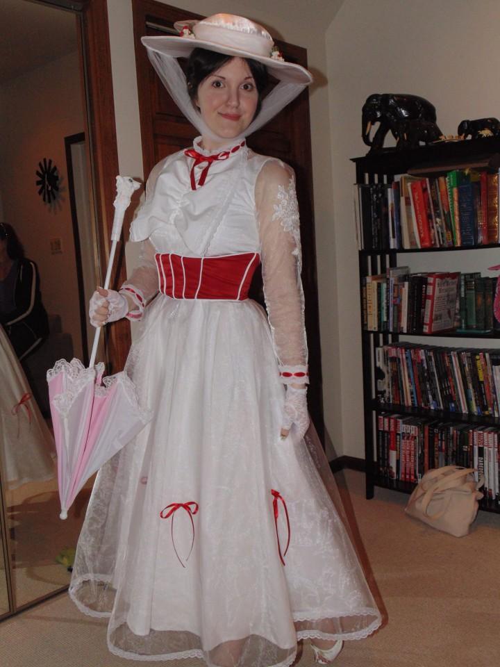 mary-poppins-halloween-costume-720x960