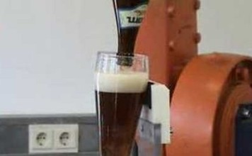 robot-verser-biere