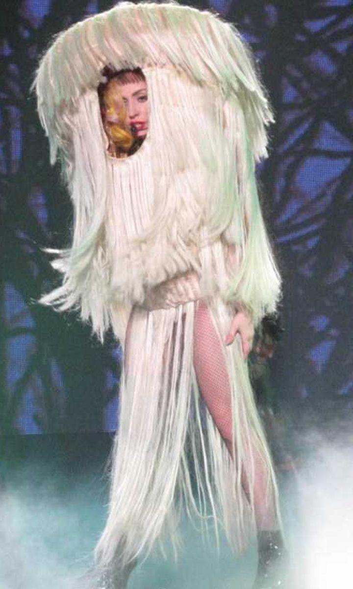 Lady-Gaga-Tenues-Mode-13-720x1200