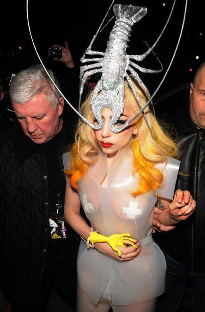 Lady-Gaga-Tenues-Mode-19-720x1093