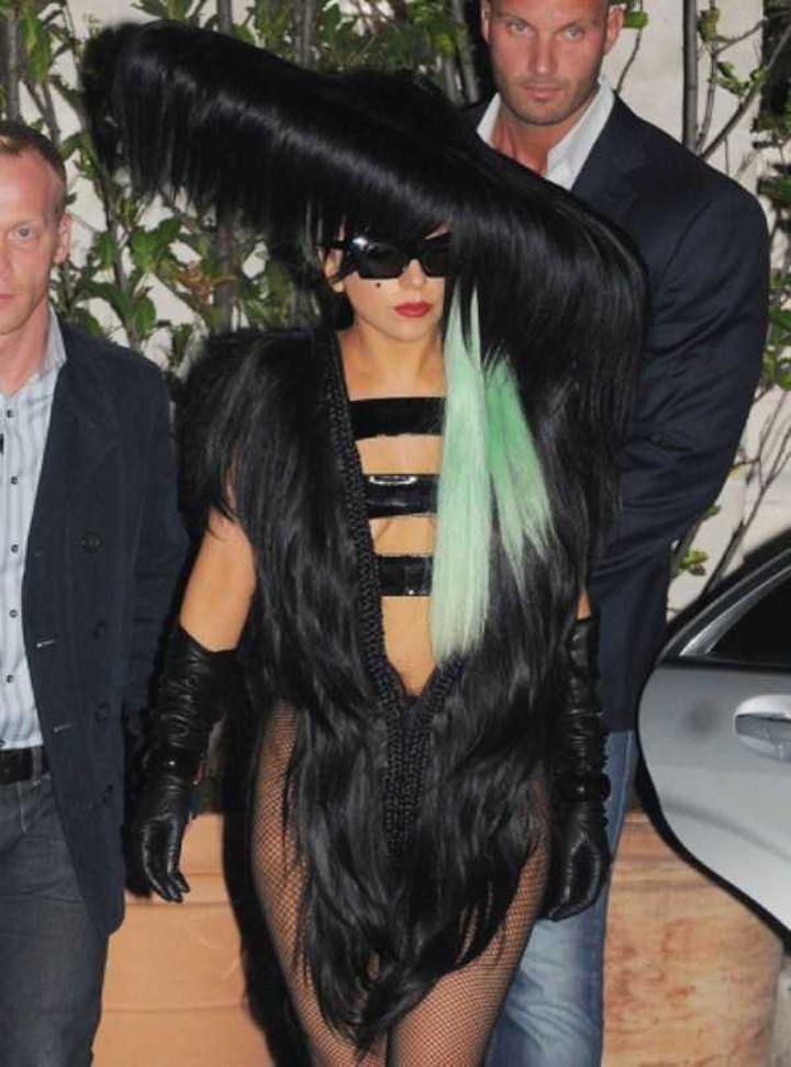 Lady-Gaga-Tenues-Mode-25-720x972