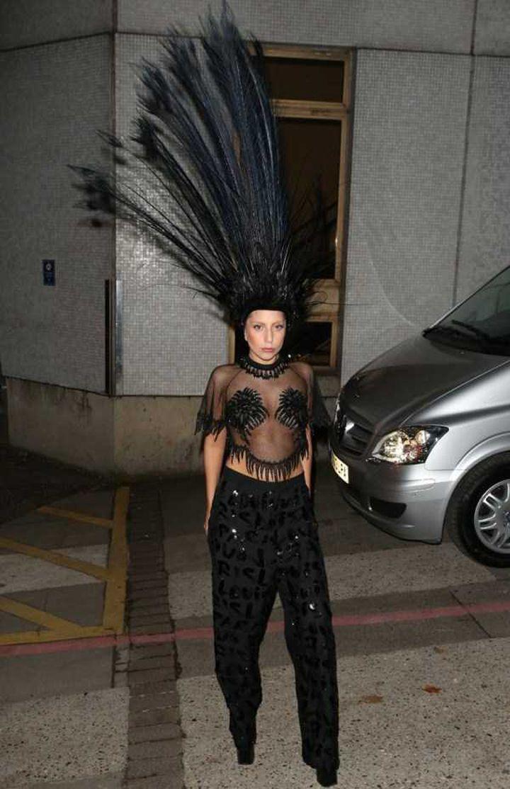 Lady-Gaga-Tenues-Mode-4-720x1114