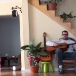 instant-karma-guitariste-chat