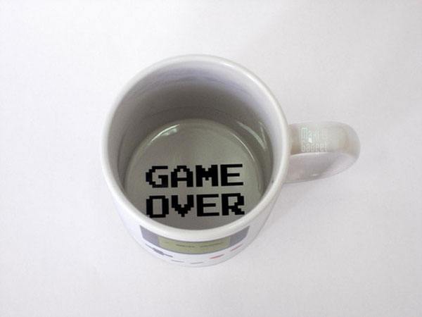 mug-gameboy-pour-geek-concept