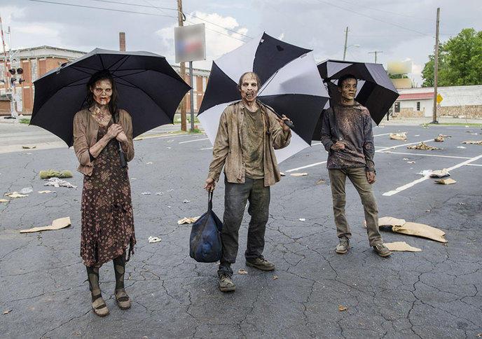 w_the-walking-dead-xx-photos-qui-vous-plongent-dans-les-coulisses-de-la-saison-5-28