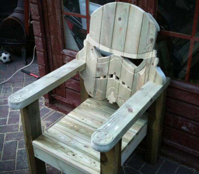 Stormtrooper-Lawn-Chair-L