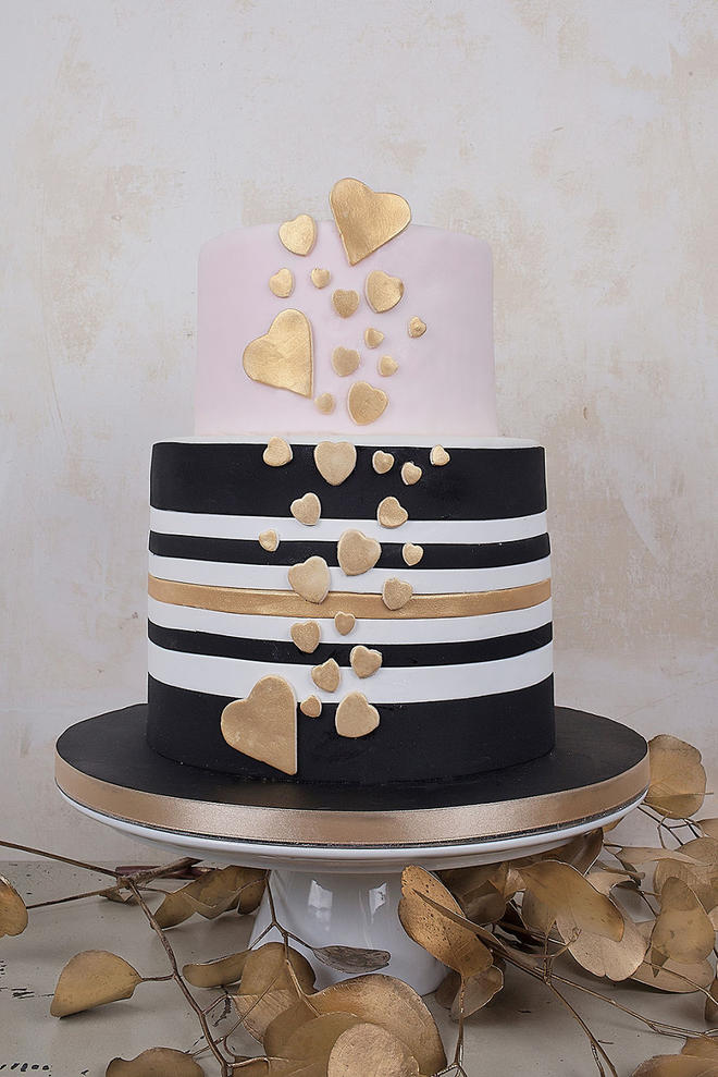Wedding-couture-cakes10__880-L