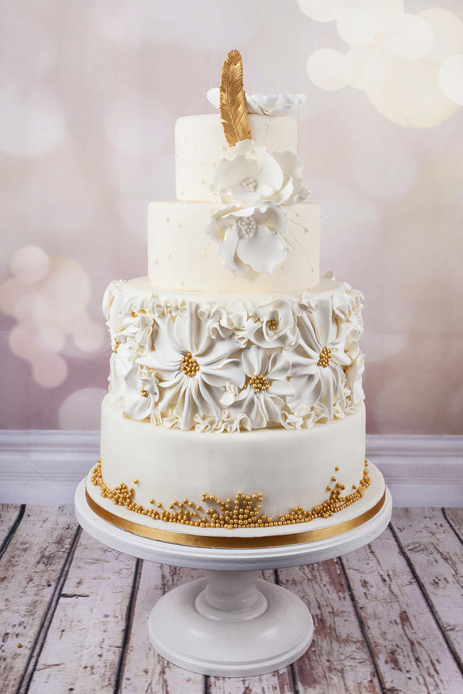 Wedding-couture-cakes15__880-L