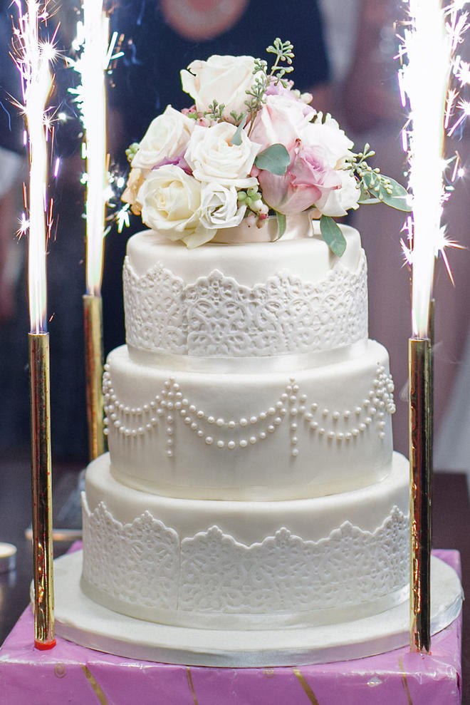 Wedding-couture-cakes20__880-L