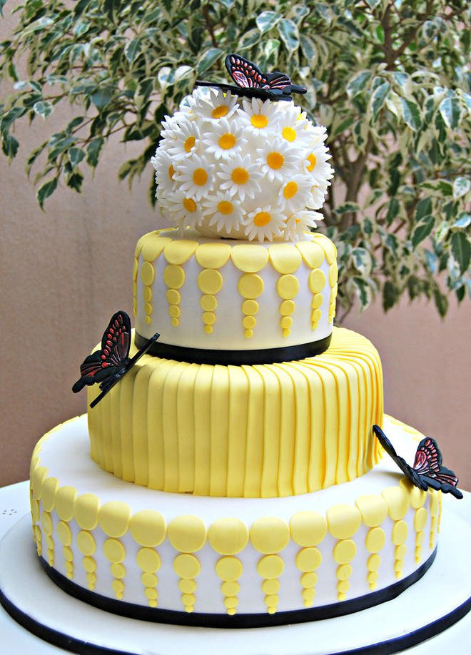 Wedding-couture-cakes32__880-L