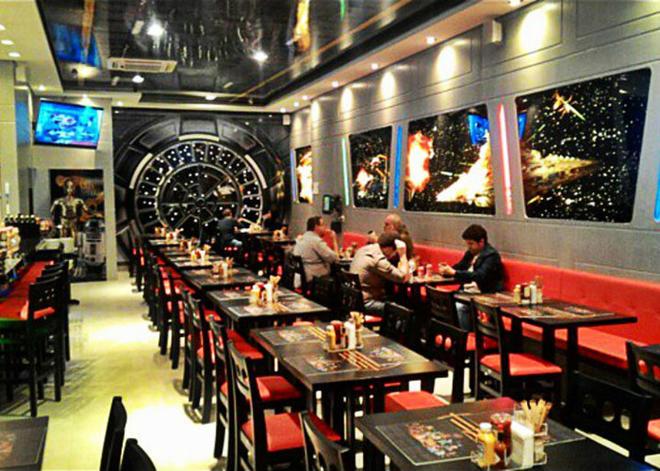 go-go-go-un-restaurant-a-theme-star-wars-a-ouvert-ses-portes-6-L