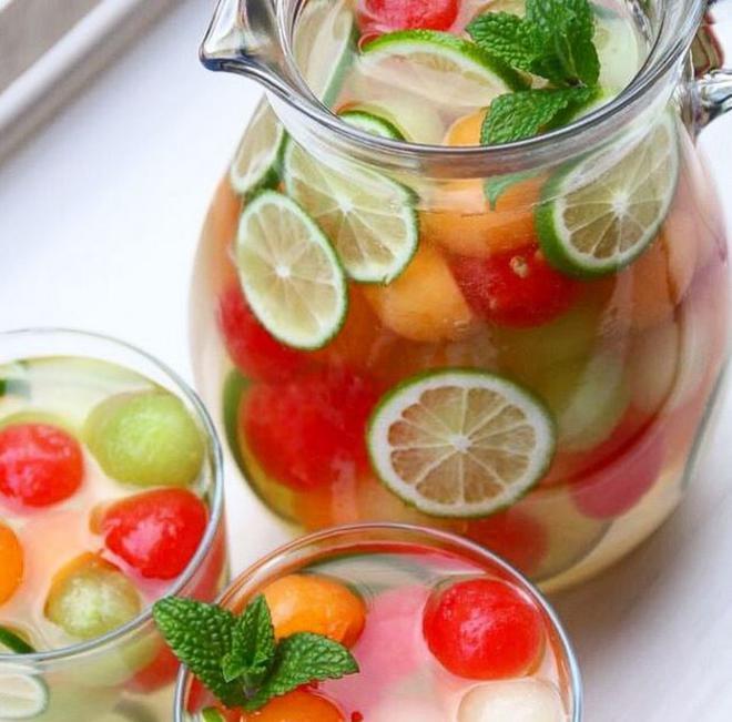 water-detox-fruits-1-L
