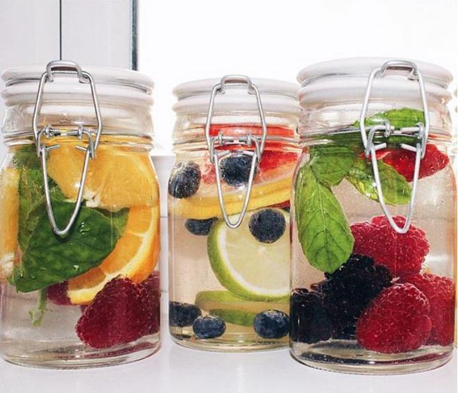 water-detox-fruits-5-L