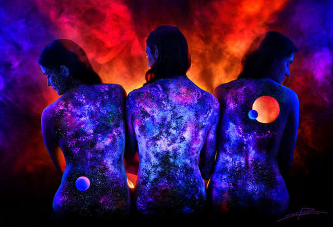 body-painting-uv-light-bodyscapes-john-poppleton-7-L.jpg