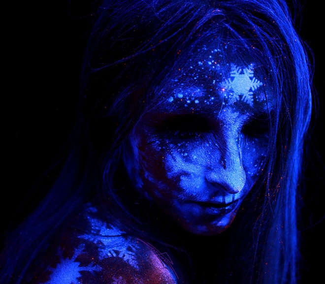 body-painting-uv-light-bodyscapes-john-poppleton-8-L.jpg