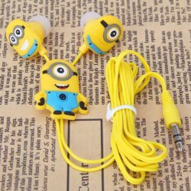 minion-headphones-L