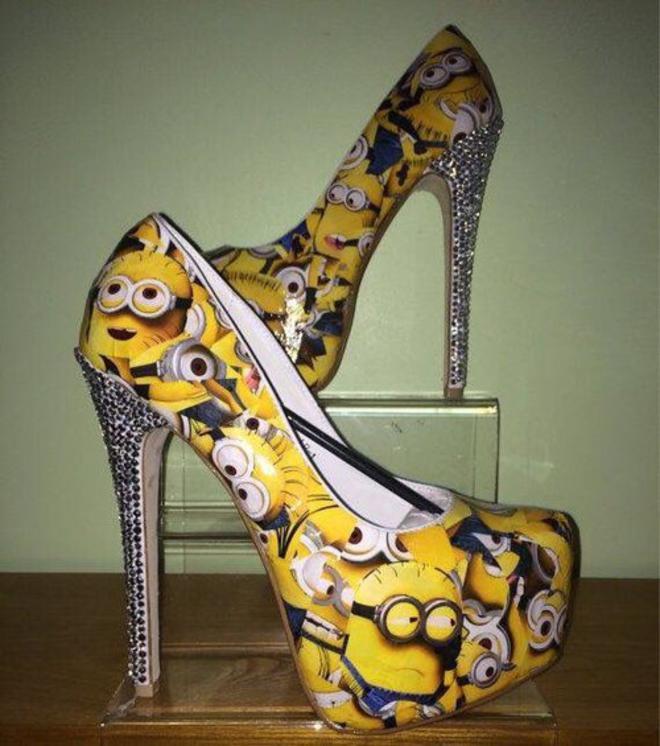 minions-heels-L
