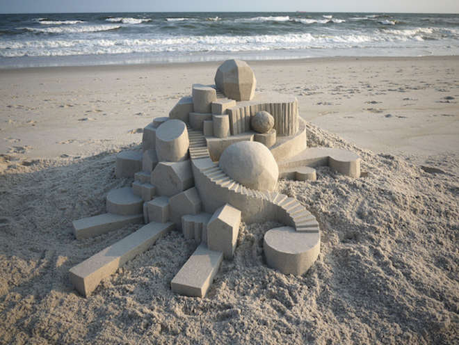 sand12-L.jpg