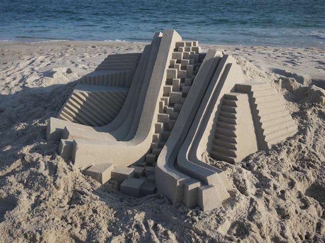 sand2-L.jpg
