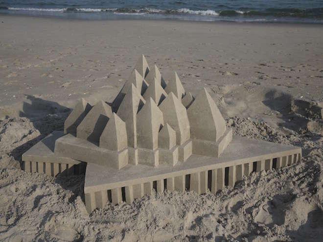 sand4-L.jpg