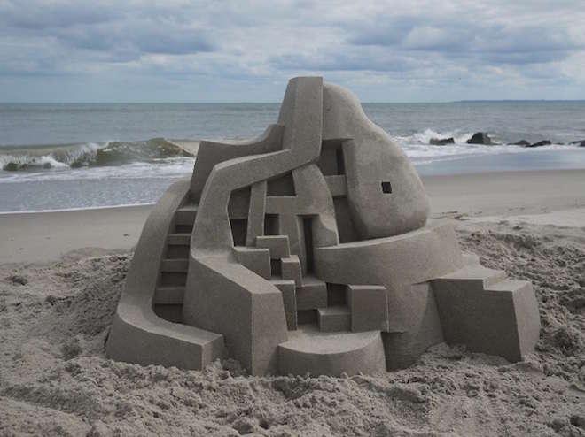 sand8-L.jpg
